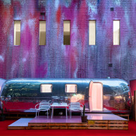 >Airstream Hotels