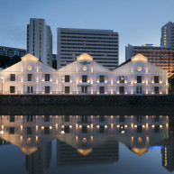 >Singapore: The Warehouse Hotel