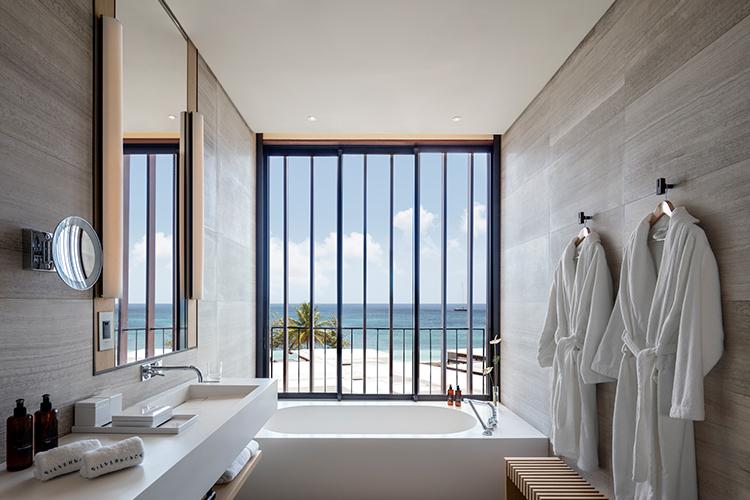 Silversands_Bathroom