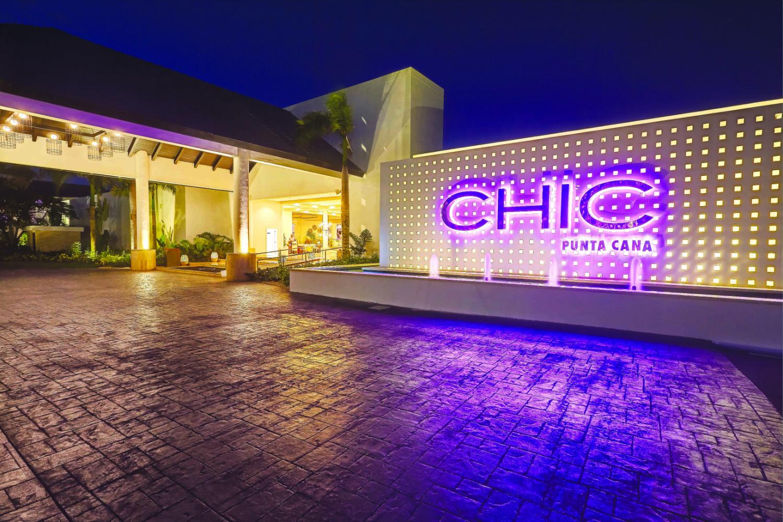 CHIC Punta Cana – Entrance-w1500-h1000