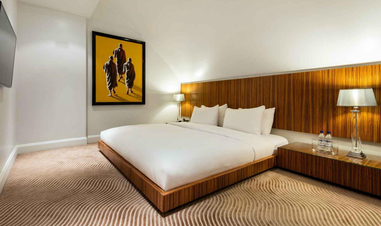 DuplexSuiteBedroom_1600px-wide-w1500-h1000
