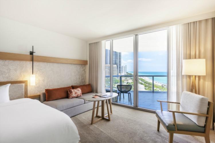 Junior Suite Two Queen Beds (3)-w750-h500