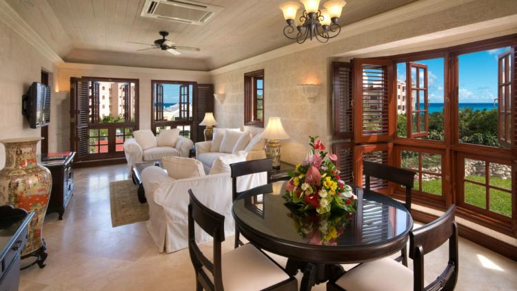 One-Bedroom-Deluxe-Suite-Living-Area_1-1024×576-w750-h500