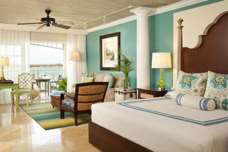 SAMMY Oceanfront Boutique Suite-w750-h500