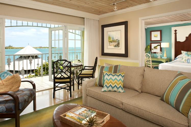 SAMMY One Bedroom Oceanfront Suite-w750-h500