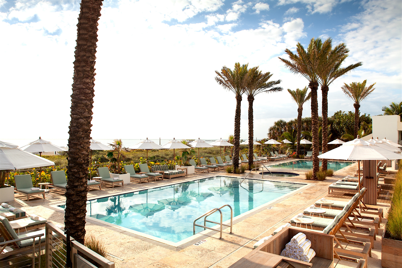 Stanton South Beach_Pool -w1500-h1000