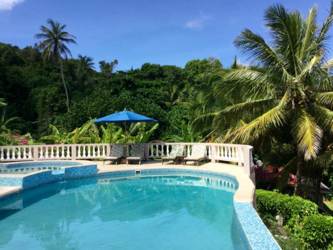 Swimming pool-w750-h500