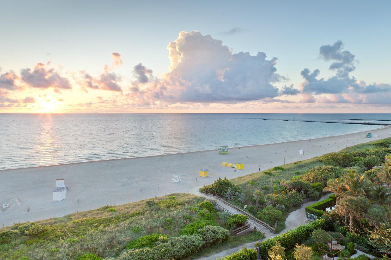 beach front balcony-w1500-h1000
