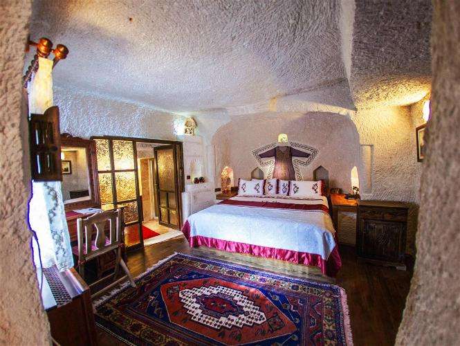 cavehotel-w750-h500