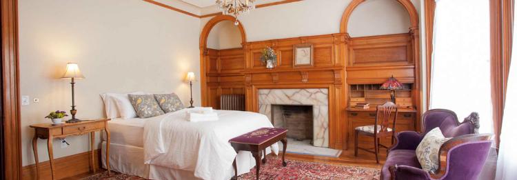 home-room-sarah-dutro-1-w750-h500