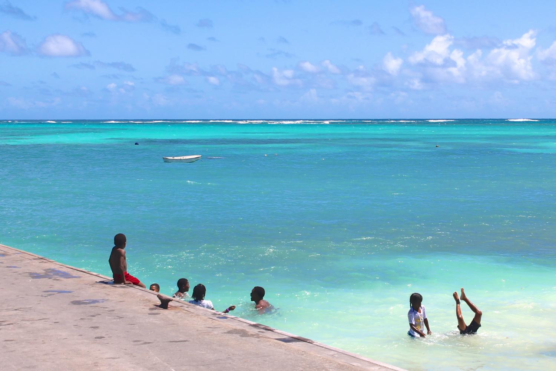Beach_DougWallace-w1500-h1000