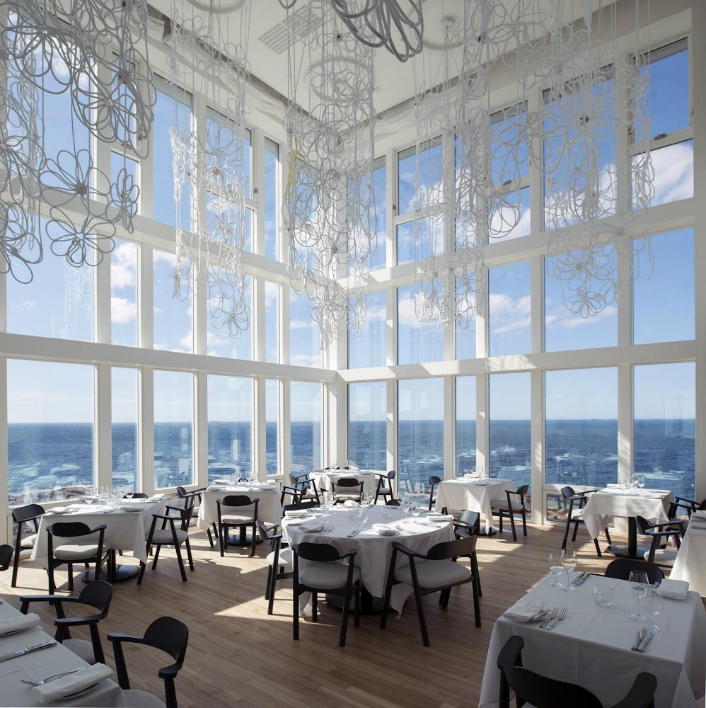 FogoIsland_Dining Room_-w1500-h1000